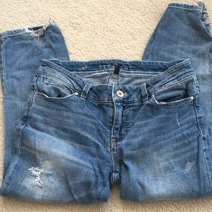WHBM- Destructed Cropped Jeans